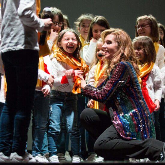 Sette Note per Sei Emozioni Arti Visive_118FOTO MODICA E RAGUSA - Sette Note per Sei Emozioni a Teatro è l'Atelier Musicale di Forme Sonore dedicato ai bambini da 6 a 10 anni. Scopri di più sui nostri Ateliers.